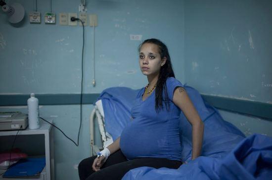 Alenka 16 mãe solteira