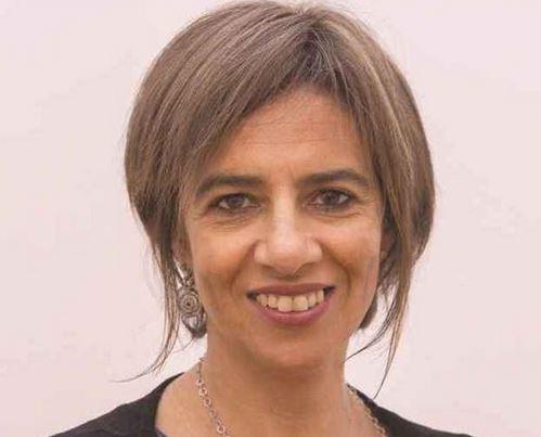 Teresa Bombas é especialista em ginecologia e obstetrícia